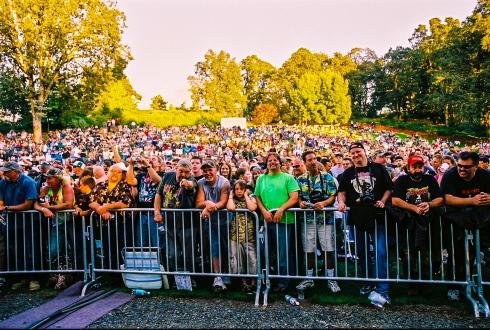 Nugent crowd